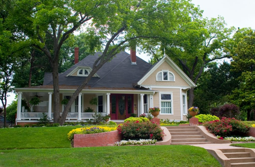 Three Handy Ideas To Increase The Appeal Of Your Home When Selling